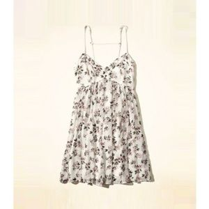 [Hollister] Floral Babydoll Mini Dress 💛